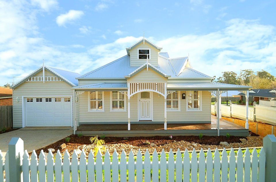 Build your dream home in the country for Build your dream house