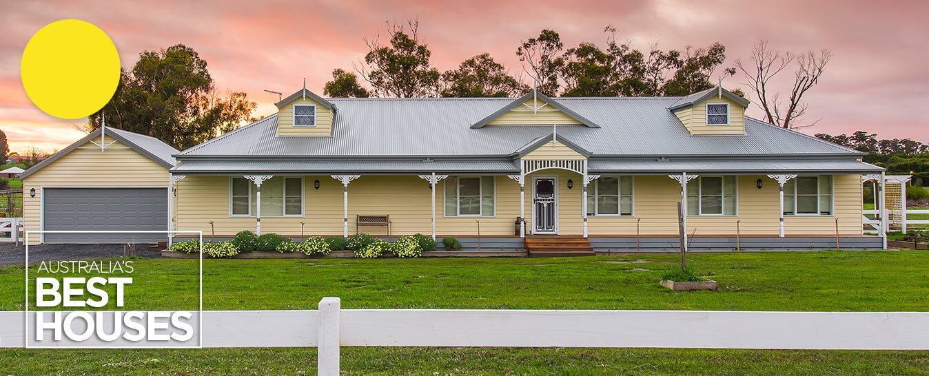Weatherboard ranch style homes builders harkaway for Country cottage homes designs australia